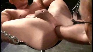 Muscle boy fisted  for 28 cm